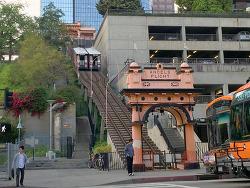 로스앤젤레스 다운타운의 앤젤스플라이트(Angels Flight)와 그랜드센트럴마켓(Grand Central Market)