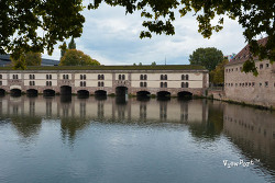 고풍스런 유럽,스트라스부르 보방댐(Vauban)과 쿠베르교(Pont Couverts),STRASBOURG