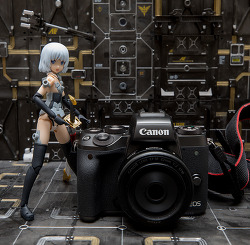 캐논의 '진정한 첫번째' 미러리스 카메라, EOS M5 선행 체험 리뷰 (1)