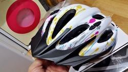 저렴한 성능좋은 자전거 헬멧 홍진 R2