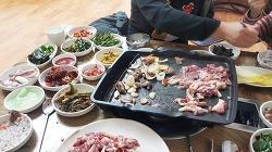 오리고기 먹으러 갔다가 반찬만 먹고온 성남동 <전주식당>