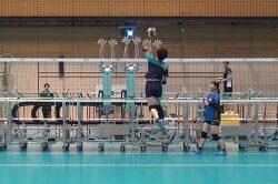 일본 여자 국가대표 배구 팀에 도입된 블로킹 로봇