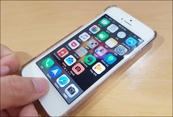 아이폰 iOS10 홈버튼 누르지 않고 터치로만 잠금해제 하기 설정법