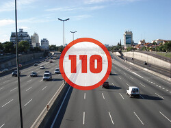 우리나라 고속도로, 제한속도 110km/h 이상 못 올리는 이유!