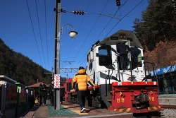 백두대간 협곡열차 V-train 타고 분천 산타마을로 가기