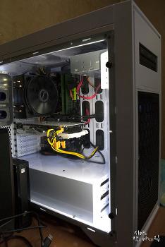 하이앤드 컴퓨터를 조립했습니다