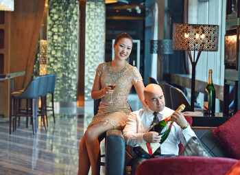 2016 Aroha Hilton shenzhen profile pictures