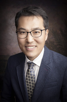 김철호 변호사, 지속적 실행력을 통한 신뢰. by 포토테라피스트 백승휴