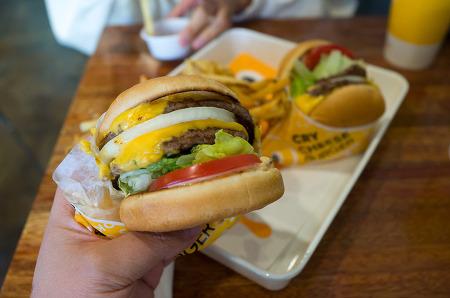 181008 _ 부천 '크라이치즈버거 Cry Cheese Burger'