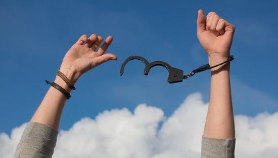 [편집장의 글] 6월호 'A대위 유죄 판결 그 후'