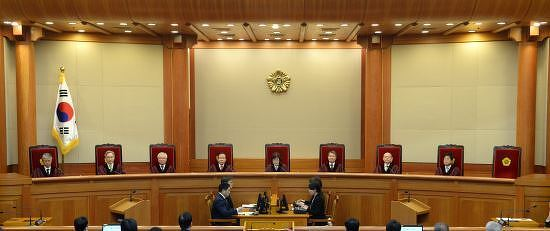 박근혜 전 대통령 탄핵(파면) 선고문 전문 및 풀영상