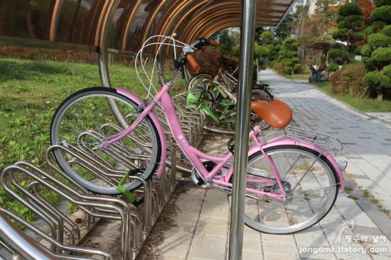 자전거 자물쇠 추천 이 정도는 되야!! 핑크 자전거에 거치할 수 있는 알톤 접히는 자물쇠
