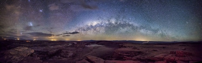 Milky Way over Moon Valley