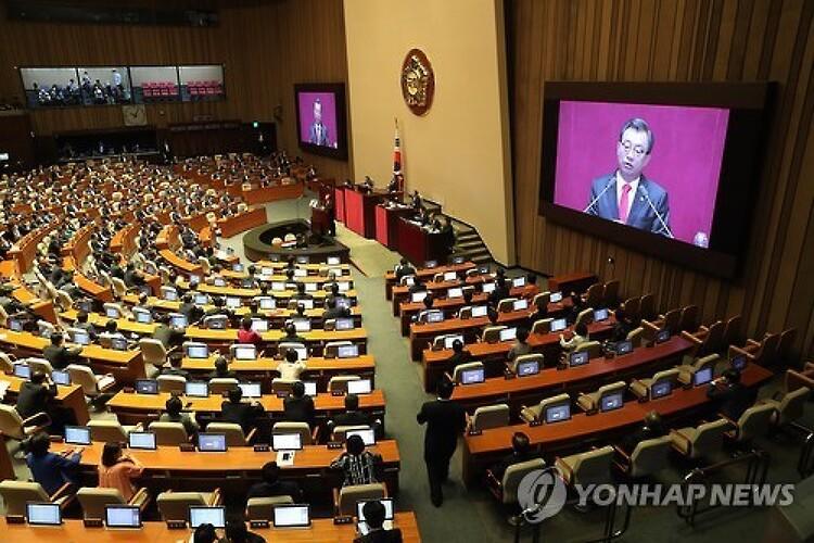 [원혜영 칼럼] 개헌도, 국회개혁도 전부 국민에..