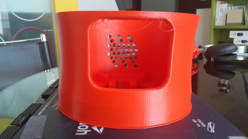 신도리코 보급형 3D프린터로 로봇을 만들고 있어요~
