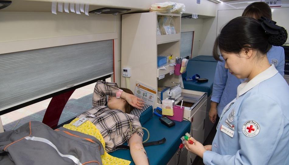 한화토탈, 헌혈로 세상 바꾸는 온정 1°C 높이다!