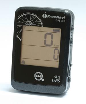 GPS 751