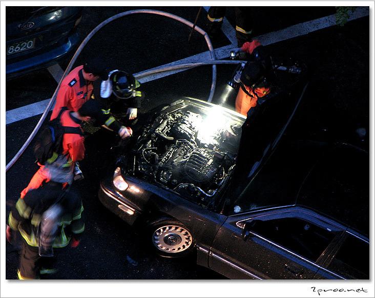 대전 갈마동 자동차 폭발화재 현장 (사진)