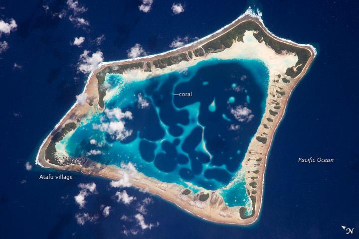 토켈라우 군도의 가장 작은 산호섬, 아타푸 (Atafu)