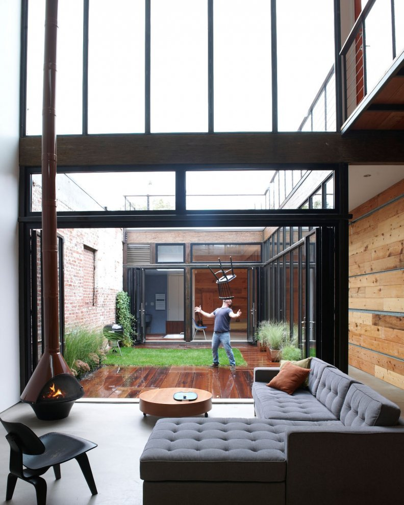 Mesh Architectures Atrium House 5osa: what is an atrium in a house