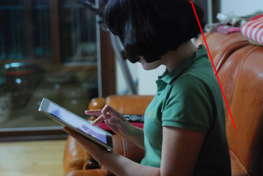뒷목이 땡겨요, 태블릿, 스마트기기, 거북목증후군, 어깨결림, 오십견, 목결림 사진 #2