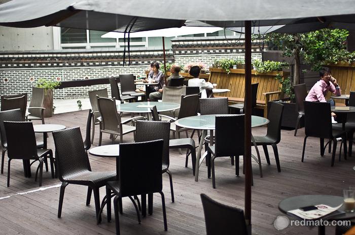 동숭아트센터의 휴식공간 '꼭두카페'