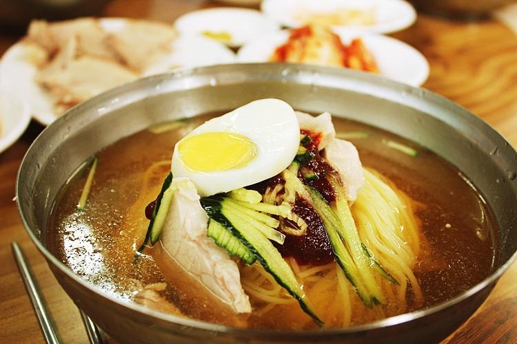 [제주맛집] 산방식당~!! 제주최고의 밀면!!