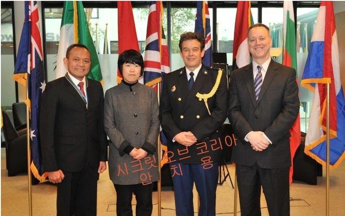 한국경찰, 오늘 가상글로벌태스크포스[VGT] 정식가입 [사진], 좌로부터 인도네시아 경찰대표, 이여정 한국경찰청 사이버수사기획팀장, 네덜란드 경찰대표, 이안 퀸 미국 이민세관국 사이버범죄센터장