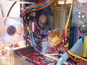 컴퓨터 내부 마더보드 하드디스크 부품 램 칩 카드 디지털 전자 기술 저장 백업 드라이브 메모리 장치 - 무료이미지