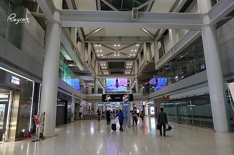 스카이허브 라운지 가는길 인천공항