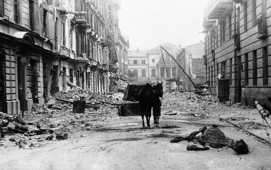 47. 2차 대전과 동유럽