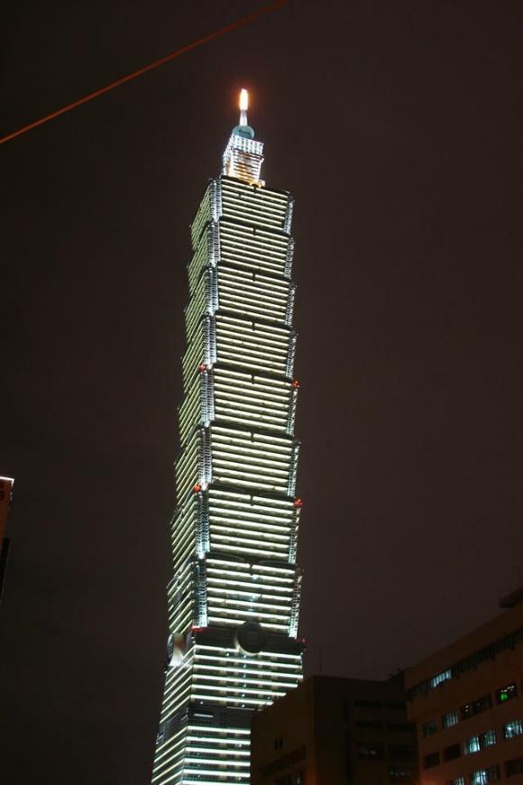 4. 타이베이101 빌딩 모습