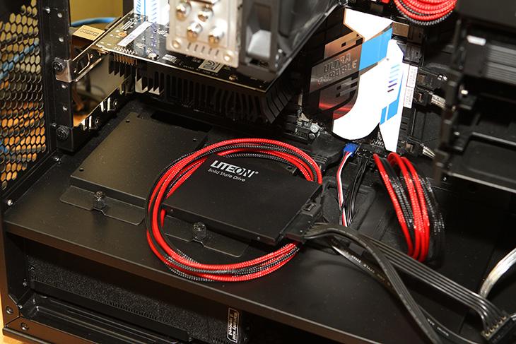 LITEON SSD MU3, 240GB, 실사용,벤치마크 ,오버워치,IT,IT 제품리뷰,과거에는 SSD가 가격이 많이 비쌌습니다. 그런데 지금은 많이 저렴한데요. LITEON SSD MU3 240GB는 용량도 크면서도 가격은 상당히 저렴합니다. 실사용 벤치마크를 해보기 오버워치 게임도 해보려고 합니다. 저렴해진 이유라면 지금 TLC SSD가 빠르게 보급되고 있어서 입니다. 물론 MLC SSD가 더 좋긴 하지만요. LITEON SSD MU3 240GB도 실제로 써보면 충분한 성능이 나오긴 합니다. 덕분에 꽤 저렴한 비용으로 좋은 컴퓨터를 쓸 수 있죠.