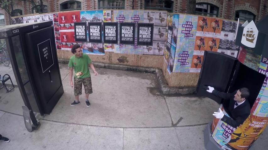 버스정류소에서 마술봉을 두드렸더니, 놀라운 마술사가 나타났다!, '퀘벡시티 매직 페스티벌(Quebec City Magic Festival)' 바이럴필름 - '마술사(The magician)'편 [한글자막]