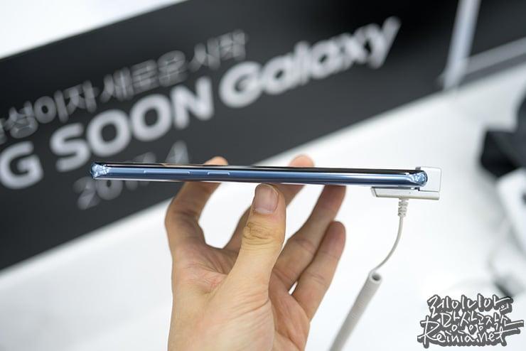 얇은 갤럭시 S8