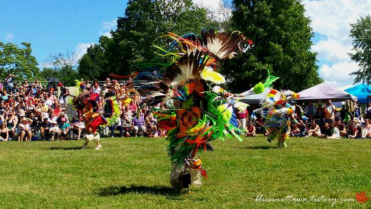 북미 토착민 전통문화입니다