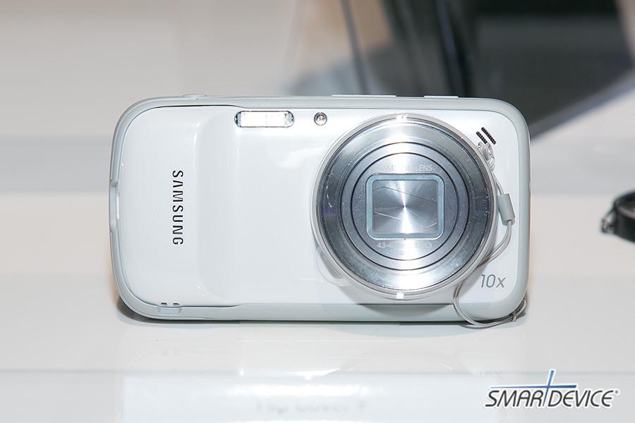 갤럭시S4 줌, 삼성 프리미어, 삼성 프리미어 2013, Galaxy S4 Zoom, 갤럭시S4 카메라, 인 콜 포토 쉐어, In-Call Photo Share, 갤럭시S4 줌 스펙, 갤럭시S4 줌 화이트 프로스트, 갤럭시S4 줌 블랙 미스트, 줌링, 갤럭시S4 줌링