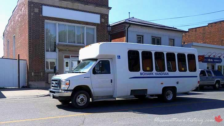 캐나다 장애인 전용 대중교통입니다
