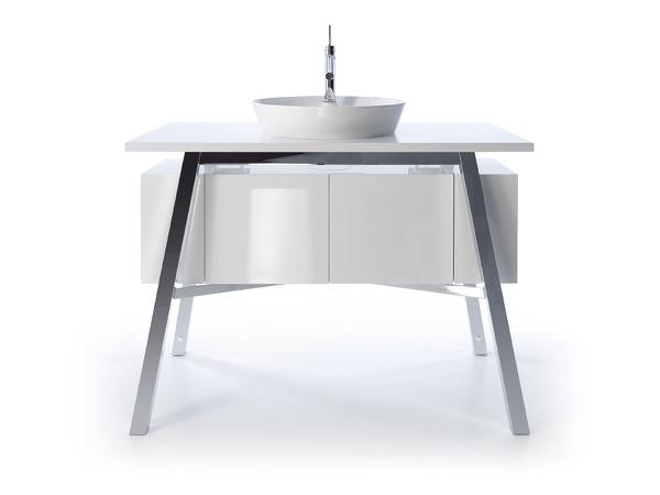 designsoma philipp starck. Black Bedroom Furniture Sets. Home Design Ideas