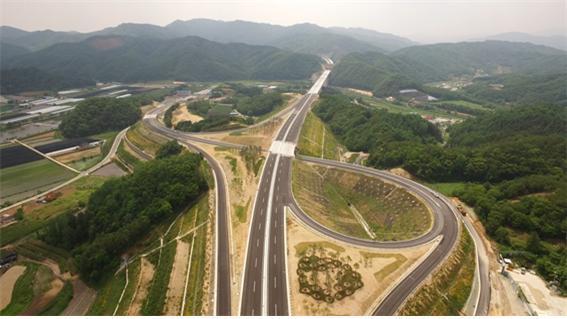 양양고속도로 모습. 사진: 국토교통부