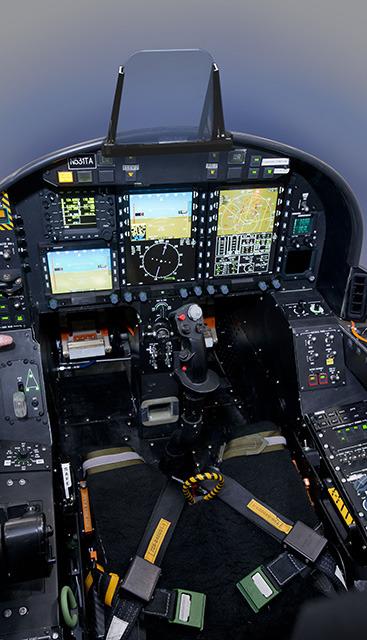 Textron Scorpion Jet News: Textron AirLand社 개발의 염가형 스콜피온(Scorpion) 전술기, 유럽을 순회하며 마케팅