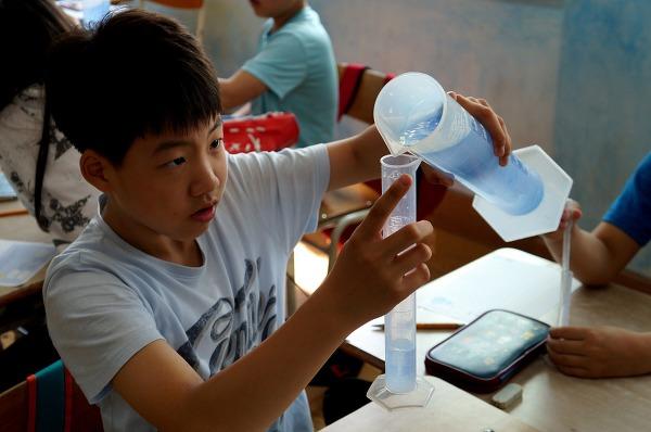 함께해요! 풀무원의 찾아가는 물 환경 교육 '프로젝트 WET'