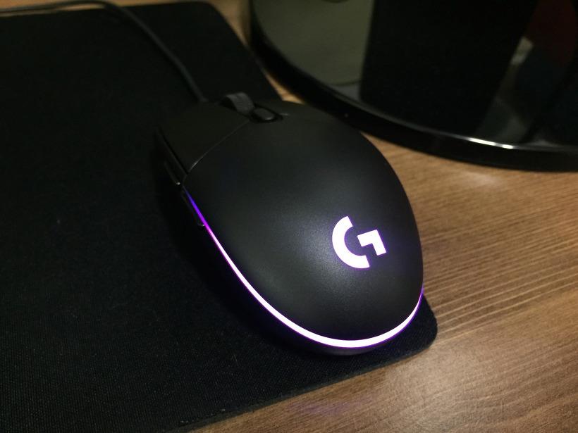 로지텍 G102 PRODIGY 게이밍 마우스