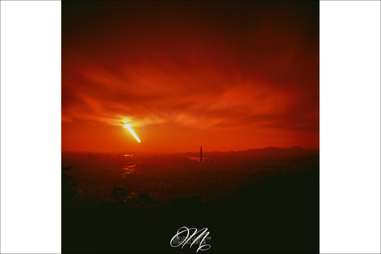 [필름]짧은 핫셀 장노출의 일몰풍경