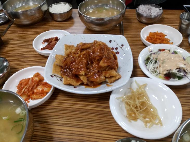 친절이 반찬인 부산 강서구 명지 저렴한 맛집 만통